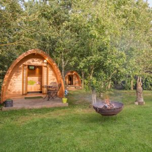 Woodland-Pods-Reopening_With_BBQ-Firepit