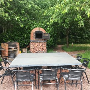 Woodland_Pods_Outside_Dining_Area_BBQ