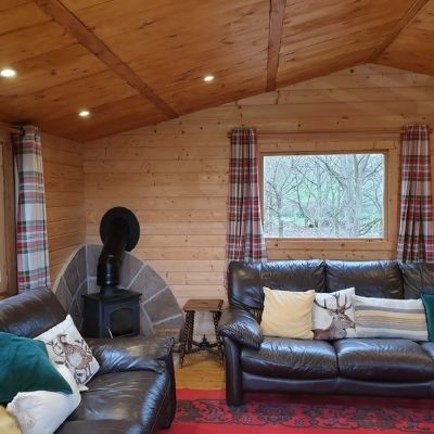 Woodland_Pods_Gastro_Pod_Sofa_Area_Perfect_For_Groups