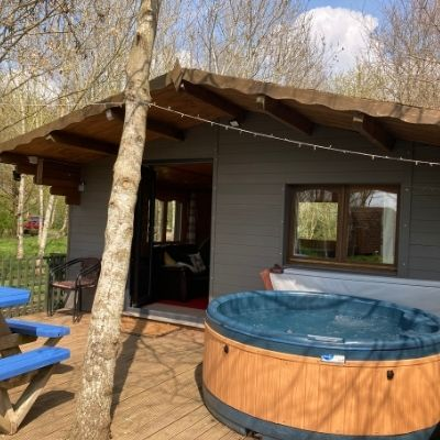 GastroPods_Exterior-Hottub_Group_Booking